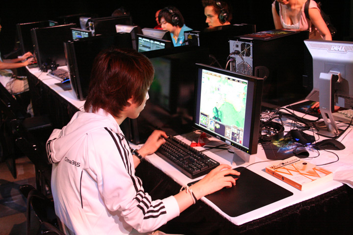 esports essay Importance and benefits of sports have you ever thought why people do sports also i saw a bunch of good sports essays that you can use or anyone else if they need them for inspiration i can share them here: sports essay 23 mayıs 2017 06:36 sportsgeo dedi ki such a great post.